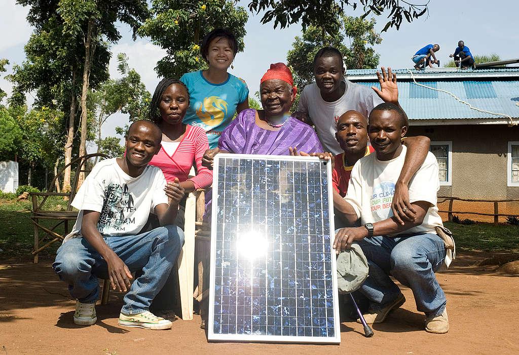 Mama Sara Obama at Solar Panels Installation in Kenya. © Richard  Dobson