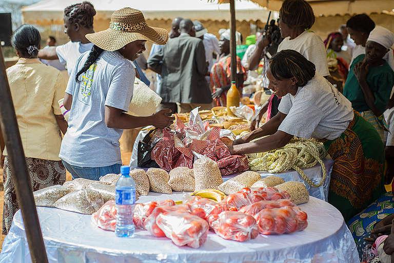 Ecological Food Farmers' Trek in Kenya. © George Mimano