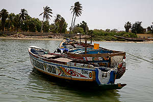 Pirogues in Senegal. © Jacky Danielly