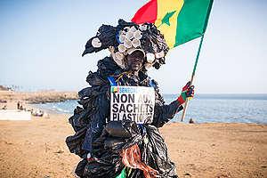 World Oceans Day 'Flash Mob' in Dakar. © Clément  Tardif / Greenpeace