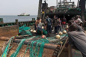 Inspection of Chinese Fishing Vessel in Sierra Leone. © Pierre Gleizes / Greenpeace