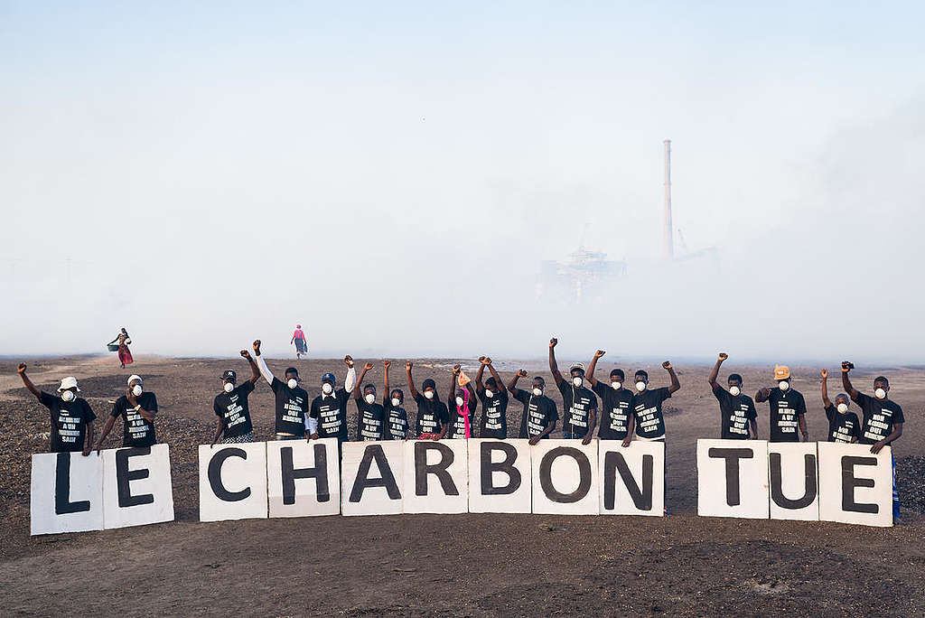 Protest against Coal Plant Construction in Senegal. © Clément  Tardif / Greenpeace