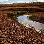 O agravamento das secas em função das mudanças do clima ameaçam a agricultura e muitos povos vulneráveis