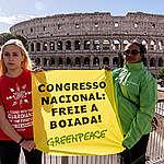 mostrar ativistas contra os retrocessos no Congresso Nacional