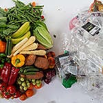 Metro's plastic packaging policy keeps grocery carts full of plastic