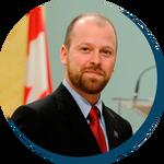 Kevin Freedman, membre et secrétaire