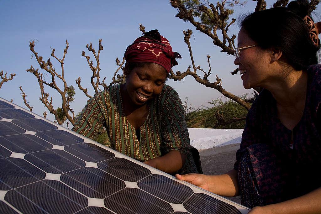 Solar Solutions in India. © Greenpeace / Emma Stoner