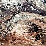 """Greenpeace y anuncio del cierre de proyecto minero Pascua Lama: """"Nadie puede quitar a los chilenos ni una gota de agua ni destruir nuestros glaciares""""."""