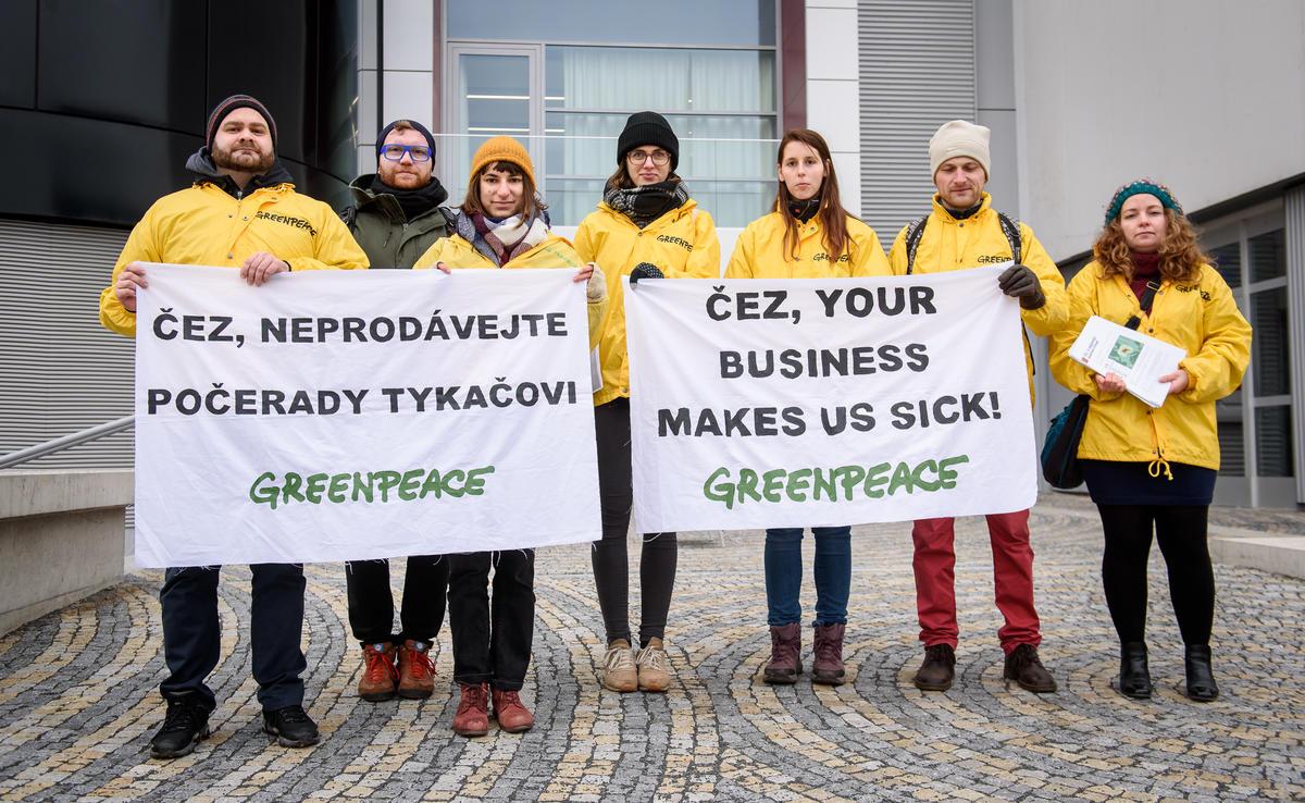 Introduction of Last Gasp Report in the Czech Republic. © Petr Zewlakk Vrabec / Greenpeace
