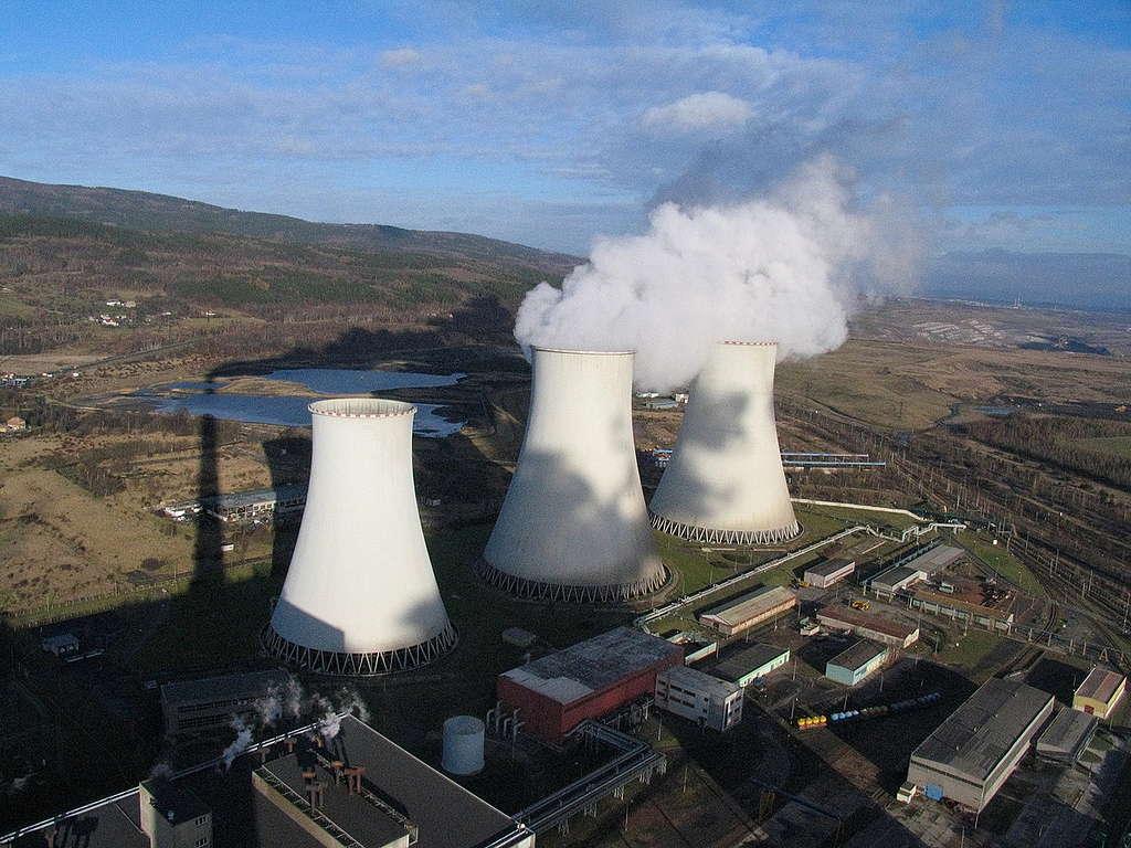 Prunerov Power Station. © Greenpeace / Kate Davison