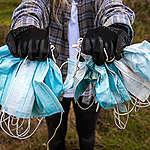 POUČENÍ Z PANDEMIE 8: Roušky na více použití nezatěžují životní prostředí zbytečným odpadem. Na ochranu proti viru stačí