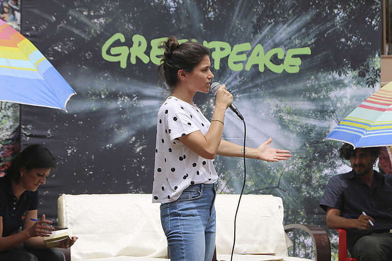 """Community Coffee and Prose - Crossing Bridges"" Event in Brazil. ©  Fridas Comunica e Fotografa / Greenpeace"