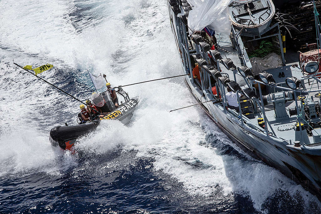 Activists Confront Supply Vessel Explorer II in the Indian Ocean. © Will Rose / Greenpeace