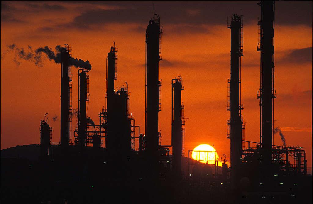 Port Talbot industry, South Wales. © Steve Morgan / Greenpeace