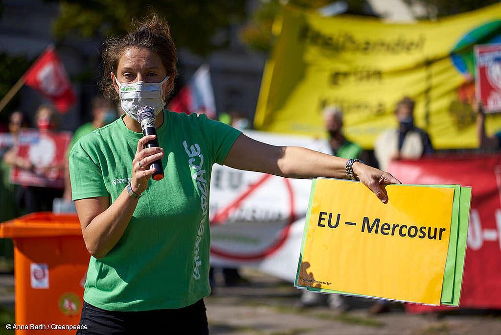 Mieenosoitus EU-Mercosur kauppasopimusta vastaan
