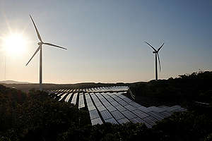 Wind Farm and Solar Power Plant In Ilocos Norte. © Veejay Villafranca / Greenpeace