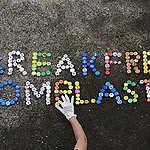 Plastics Brand Audit at Wonnapa Beach in Chonburi. © Chanklang  Kanthong / Greenpeace