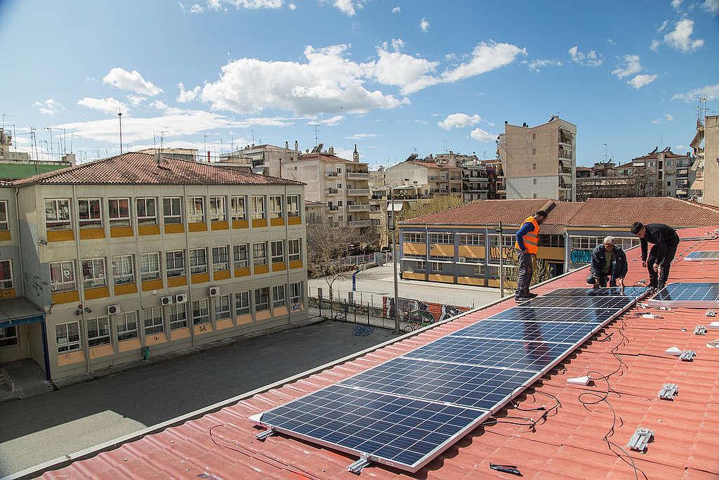 Solar System Installation in Larissa, Greece. © Constantinos Stathias / Greenpeace