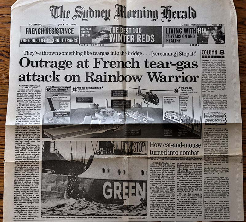 9-10 July 1995 Sydney Morning Herald front page report on the storming of the Rainbow Warrior by French commandos at Moruroa Atoll