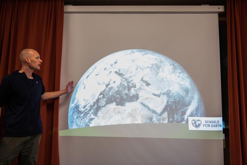 德國Wingst 鎮於2020年初在一小學啟動「地球學校」項目試點。© Chris Grodotzki / Greenpeace