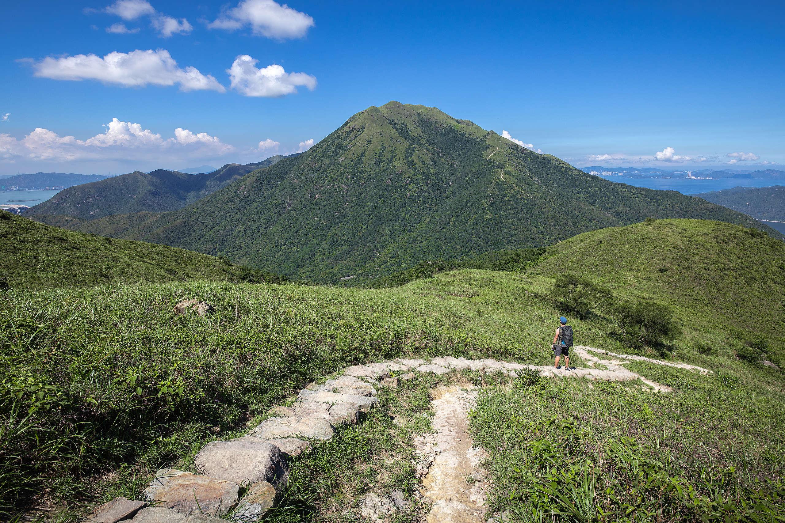 從鳳凰徑望大東山。 (1/200s F8 ISO200)© Kelvin Yuen