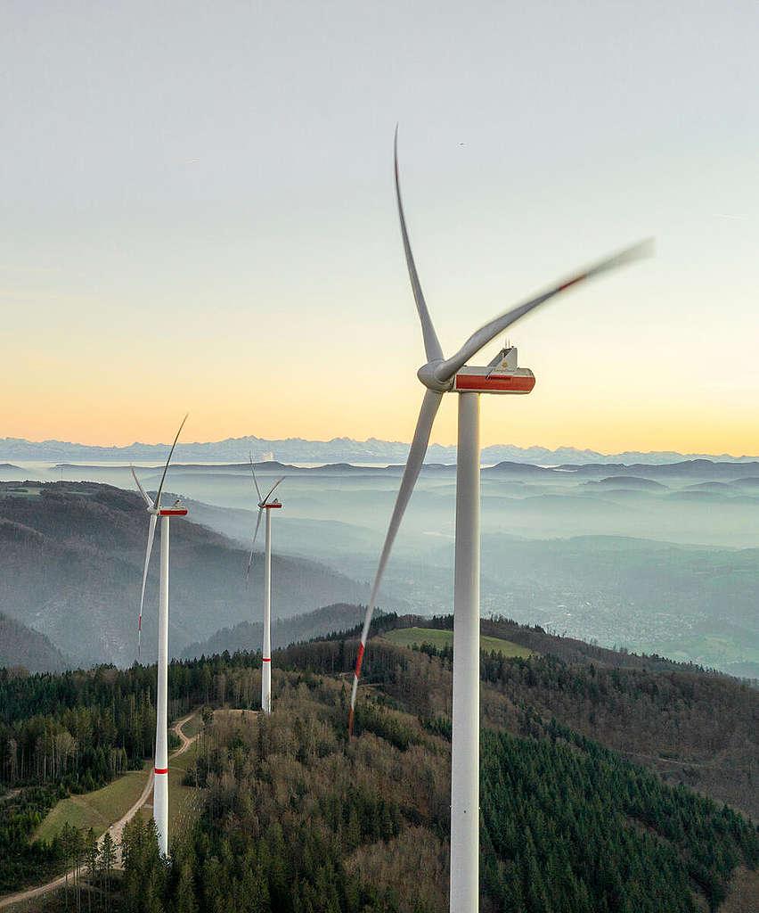 德國聯邦政府通過修訂新《聯邦氣候保護法》,將2030年二氧化碳排放減少比例提高至65%,並將德國淨零碳排的期限提早至2045年。© Paul Langrock / Greenpeace