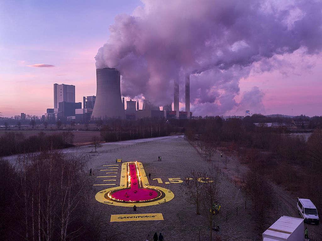 2019年綠色和平行動者在德國科隆附近的褐煤發電廠周邊進行氣候抗議。 © Greenpeace