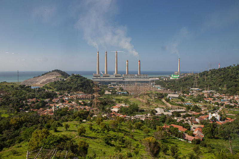 印尼是中國海外煤炭投資其中重大的目的地之一。© Rendra Hernawan / Greenpeace