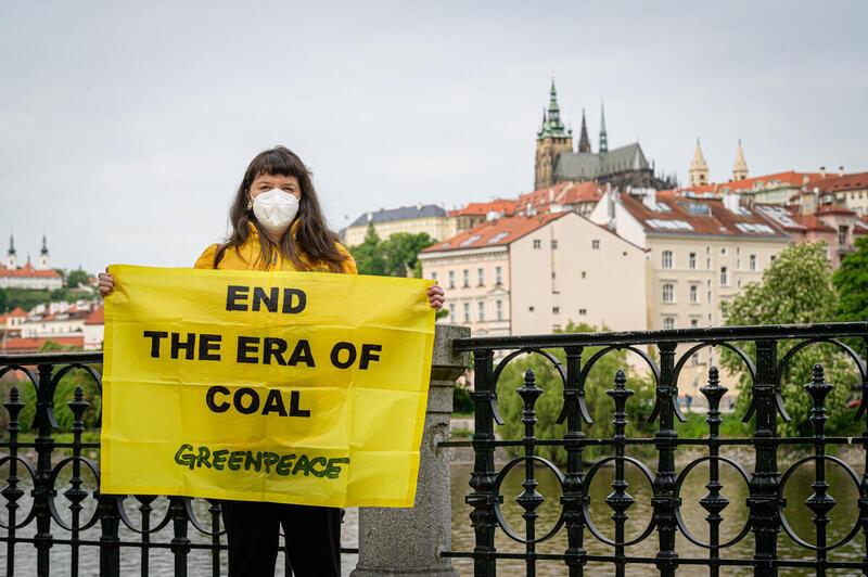 「煤炭年代終結」,讓全世界一起努力。 © Petr Zewlakk Vrabec / Greenpeace
