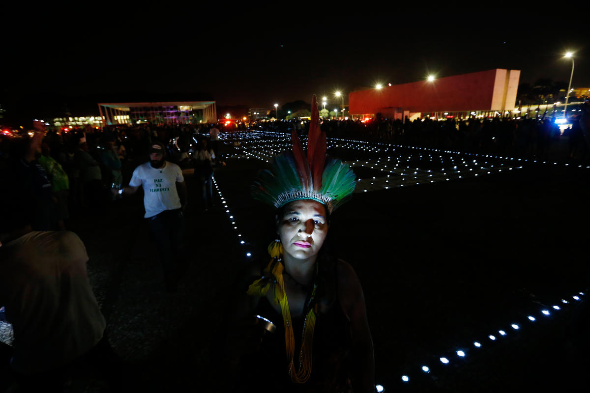 Indigenous People Protest with Lights in Brazil. © Adriano Machado / MNI