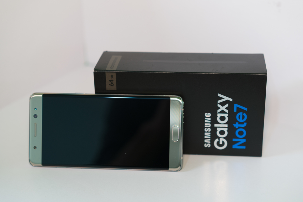 Product Shot: Samsung Galaxy Note 7 © Jungyeob Ji / Greenpeace