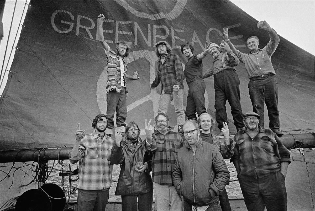 Crew of the Greenpeace - Voyage Documentation (Vancouver to Amchitka: 1971) © Greenpeace / Robert Keziere