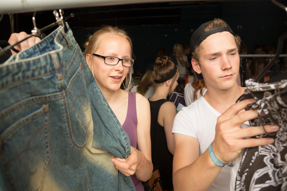 Clothes swap in Hamburg © Isadora Tast / Greenpeace