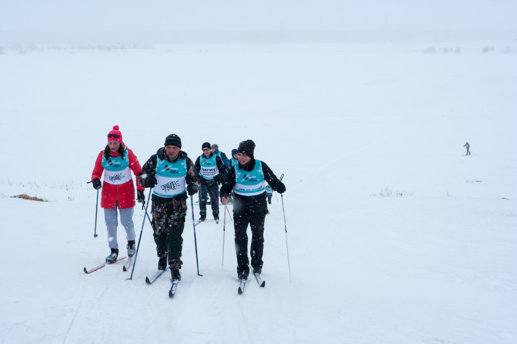 BreakFree in the Komi Republic, Skis against oil © Igor Podgorny