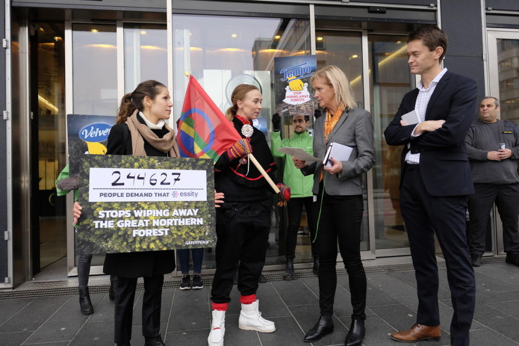 Petition Delivery in Stockholm Asking Essity to Stop Wiping Away the Great Northern Forest © Greenpeace