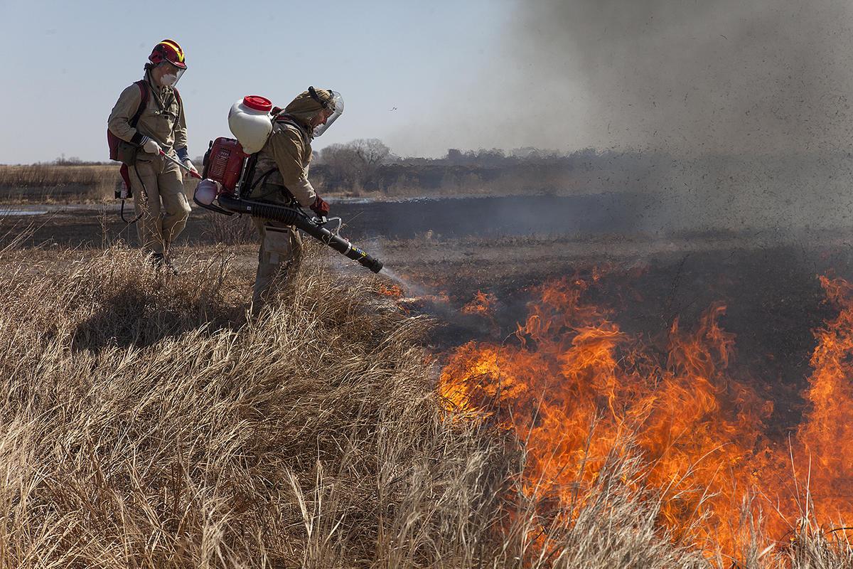 Volunteer firefighters in Amur region, Russia. © Maria Vasilieva / Greenpeace