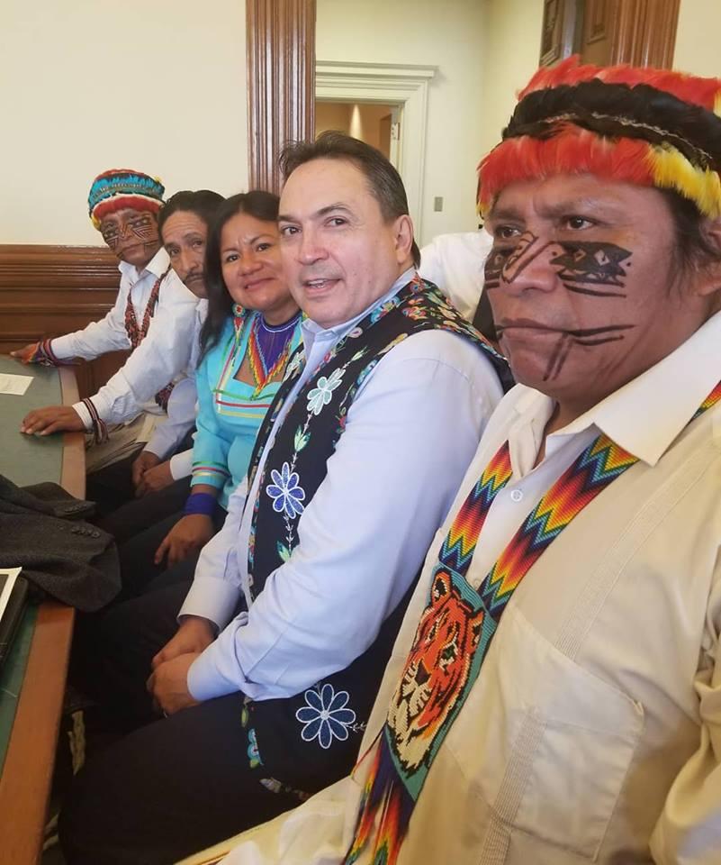 Ecuadorians and P. Bellegarde, court, 2018 © Johanna Luna
