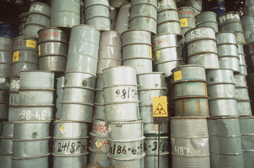 Barrels of nuclear waste © Bernd Hoff / Greenpeace