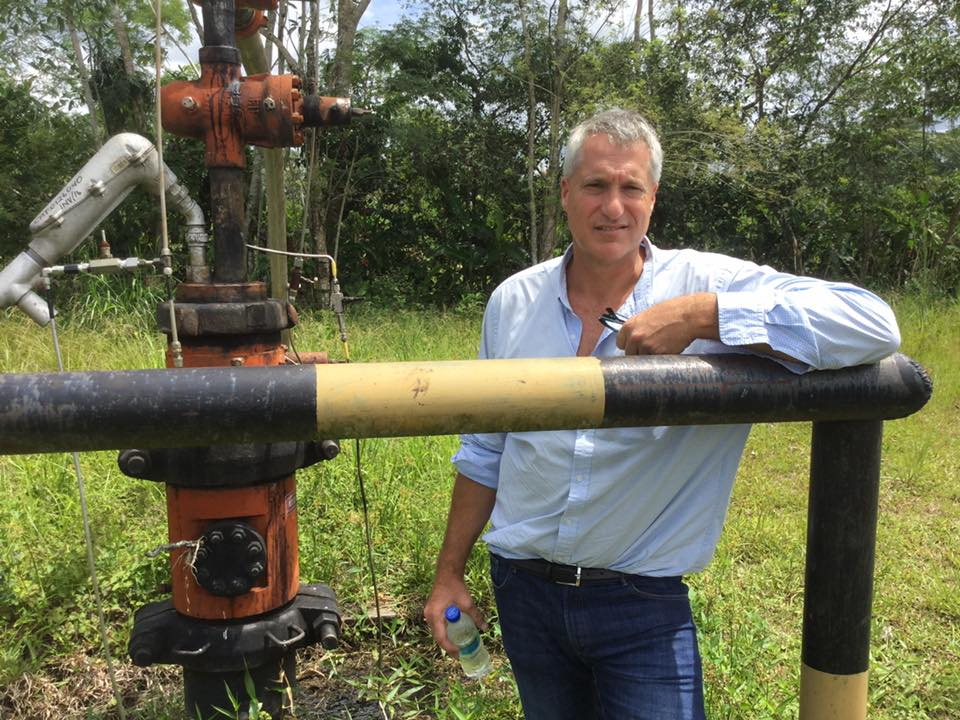 Steven Donziger, lawyer for the Ecuador plaintiffs for 25 years, at oil site in Ecuador's Amazon © Lisa Gibbons
