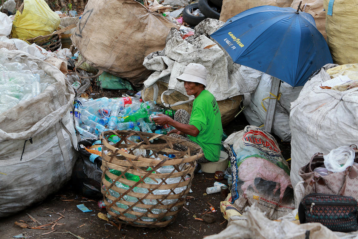 Plastic Waste Dump in Dumaguete, Philippines. © Anonymous