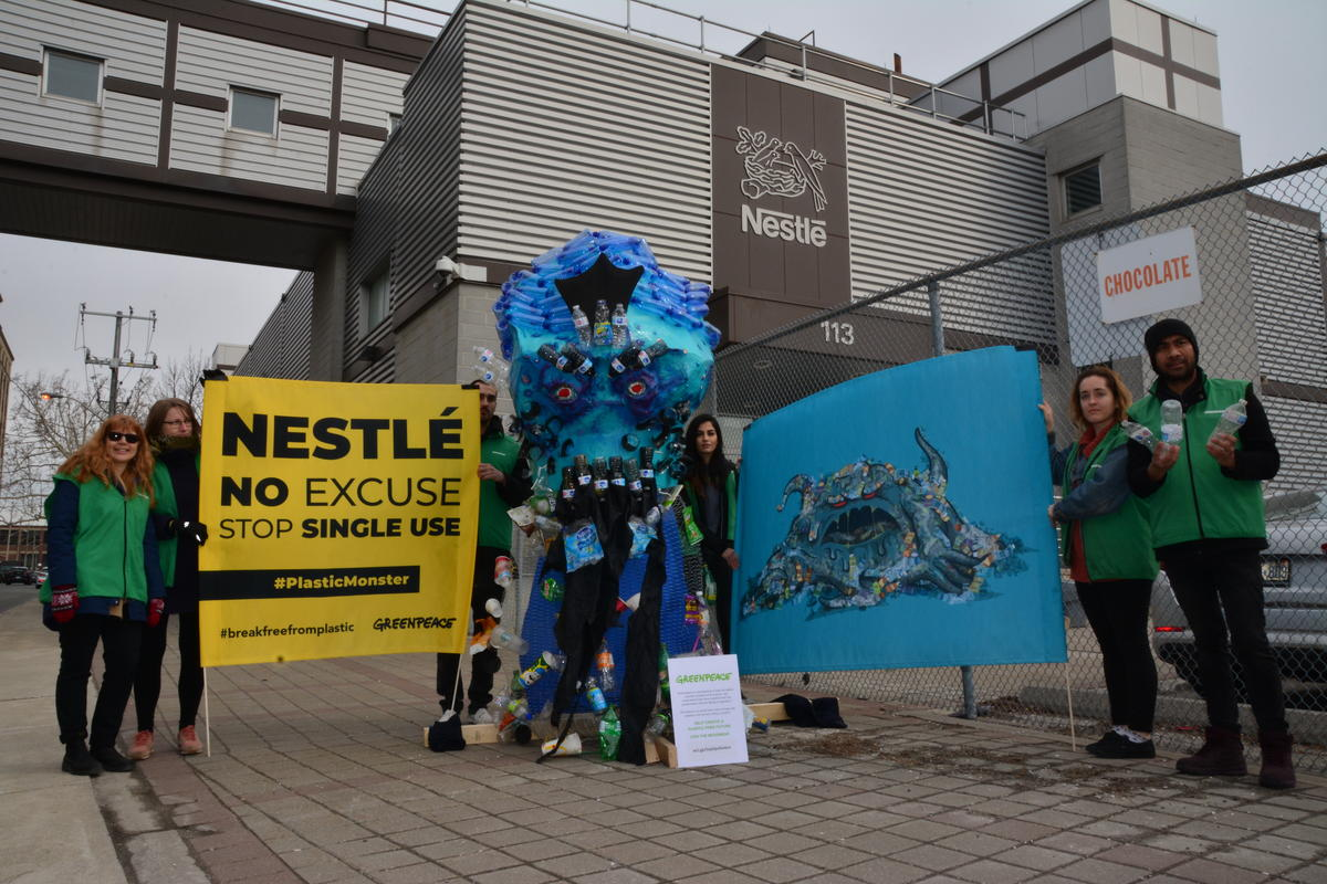 Plastic Monster Action at Nestlé Factory in Toronto. © Morgan Corseaux / Greenpeace