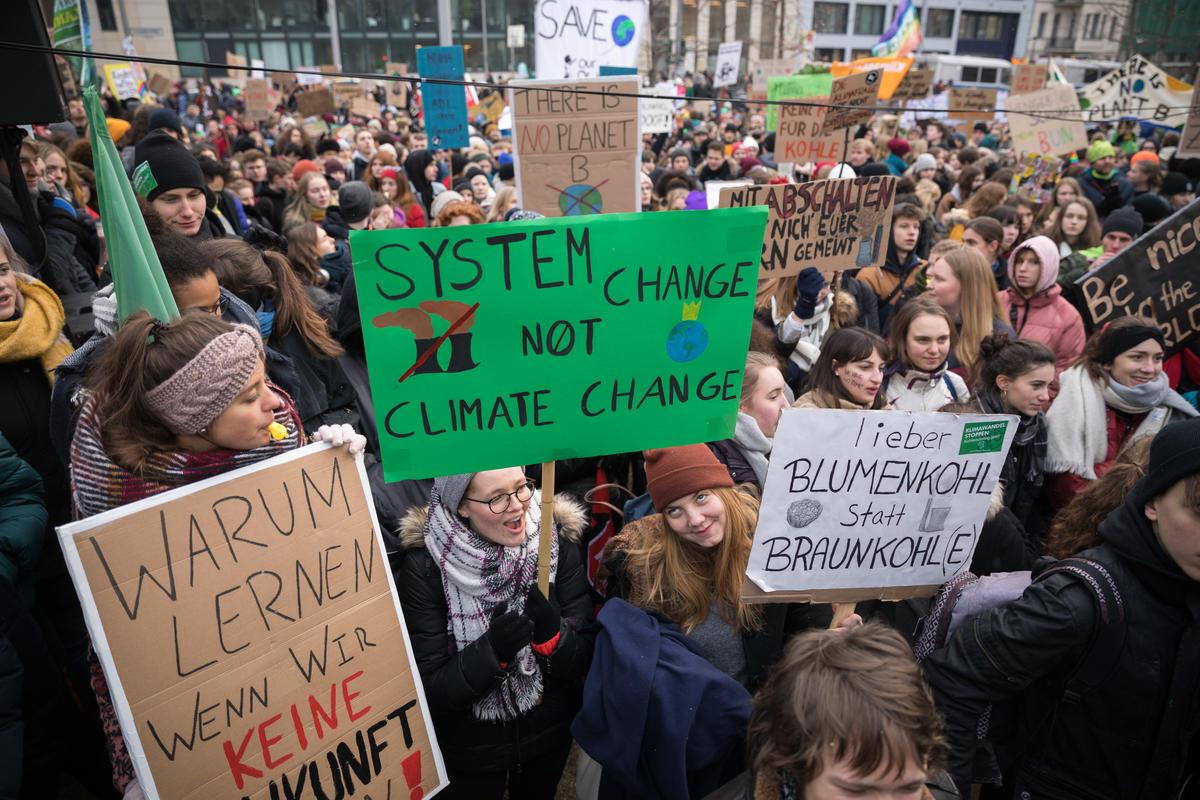 Student Strike for More Climate Protection in BerlinSchueler-Streik fuer mehr Klimaschutz in Berlin© Gordon Welters / Greenpeace
