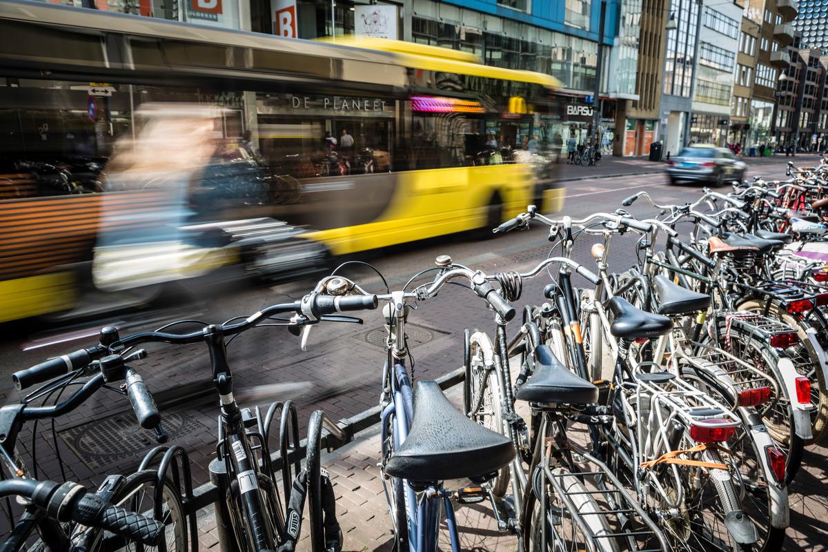 Urban Mobility and Transport in Utrecht. © Bernd Lauter / Greenpeace