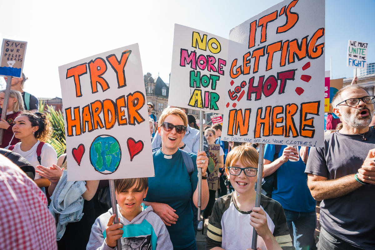 Global Climate Strike in Birmingham. © Rowan Williams / Greenpeace