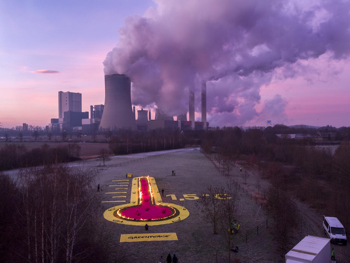 Action at Power Plant Niederaussem in Germany. © Greenpeace