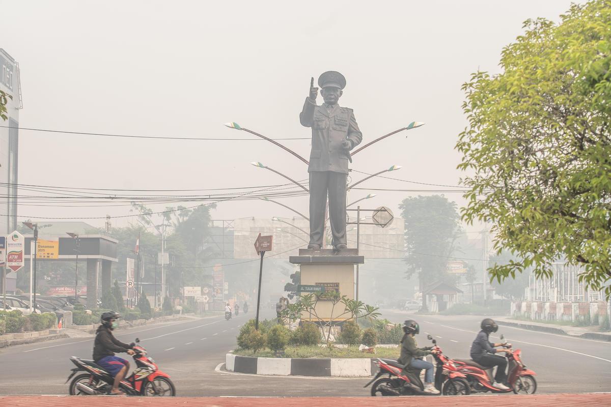 Haze in C. Kalimantan. © Jurnasyanto Sukarno / Greenpeace