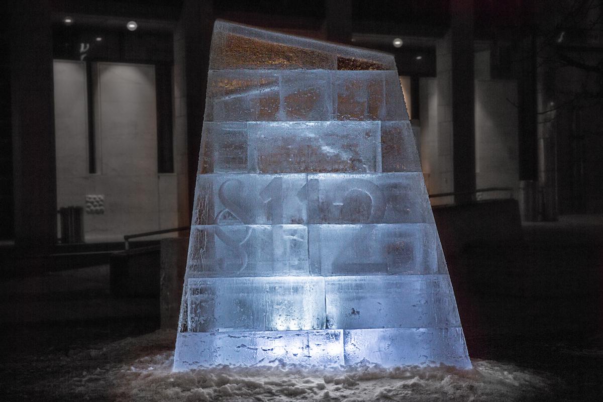 People vs Arctic Oil Court Case Ice Sculpture in Oslo. © Edward Beskow / Greenpeace