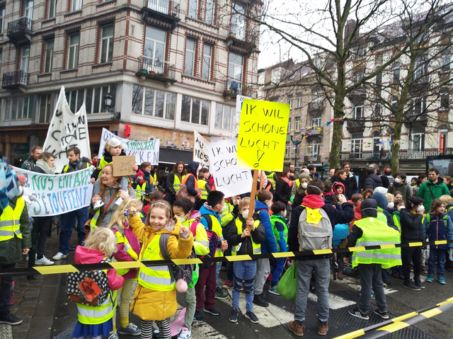 A mother leads national movement in Belgium. © Greenpeace