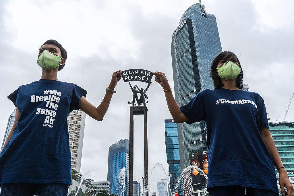 Clean Air Now Photo Op in Jakarta. © Jurnasyanto Sukarno / Greenpeace