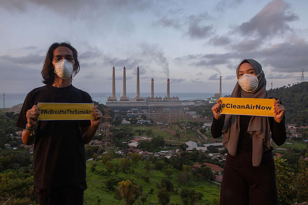 Clean Air Now Photo Op in Banten. © Rendra Hernawan / Greenpeace